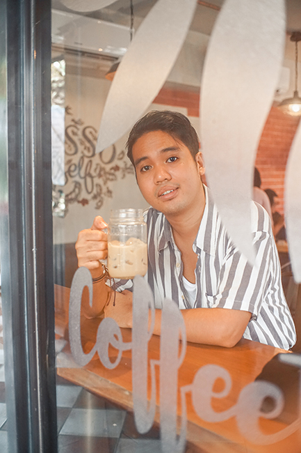 Coffeeteria: A New Coffee Experience For Yah (You)!